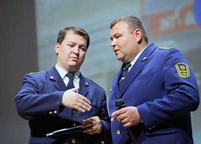 Победители конкурса Владимир Макарцов и Дмитрий Бородин (Гомельское отделение)