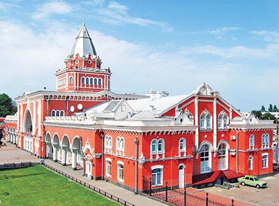 Железнодорожный вокзал в Чернигове