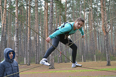 Анастасия Ларькова (Барановичское отделение) на одном из этапов туристической эстафеты