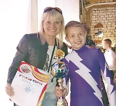 Елена Жавненко с сыном Артемом