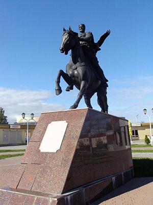 Памятник Всеславу в Полоцке