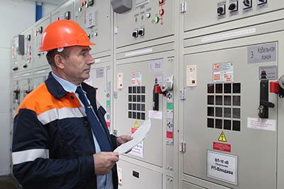Начальник Брестского района электроснабжения Виктор Губаревич