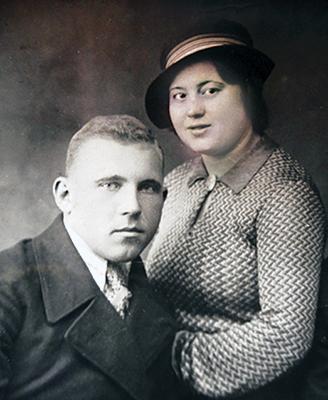 Гавриил и Валентина Касперовы
