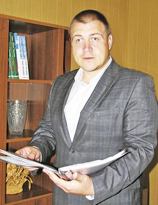 Начальник дистанции Сергей Хрищанович